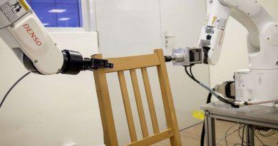 Роботов научили идеально собирать мебель из Ikea. (VIDEO)